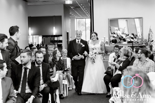 Melbourn_wedding_photographer_mike_and_amy-6