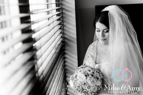 Melbourne_wedding_photographer_mike_and_amy_photographers-8