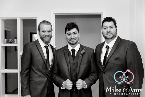 Mike_and_amy_photographers_melbourne_wedding_photographers-1