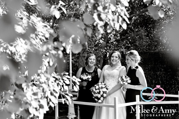 Mike_and_amy_photographers_melbourne_wedding_photographers-14