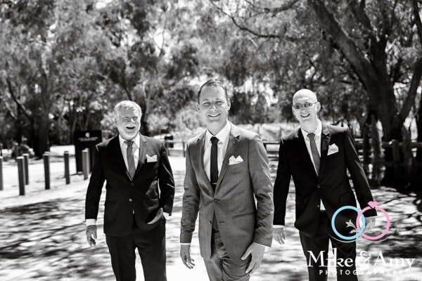 Mike_and_amy_photographers_wedding_photography_melbourne-6