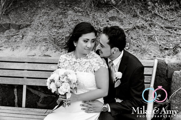 Melbourne_wedding_photographer_mike_and_amy_KN-19
