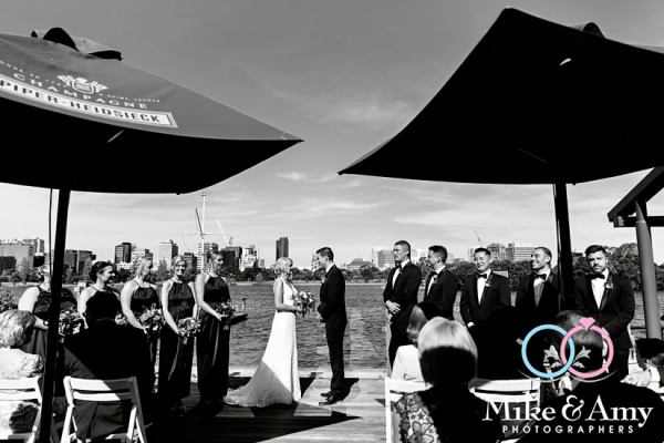 Melbourne_wedding_photographer_mike_and_amy_photographers-11