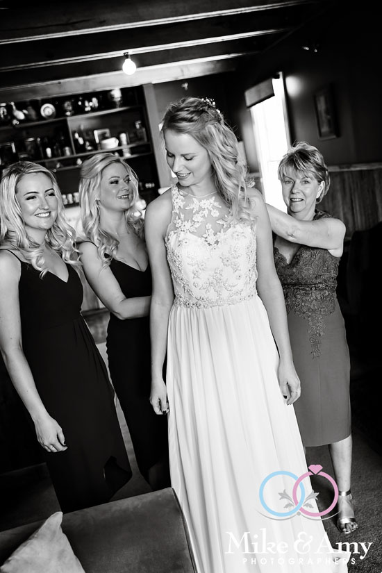 Mike_and_amy_photographers_melbourne_wedding_photographer-9